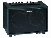Roland AC-33 akustinen vahvistin