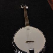 Banjo Richwood 4-kielinen tenori