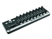 Omnitronic FAD-9 midikontrolleri