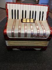 Hohner Walter Special 2-äänikertainen pianoharmonikka