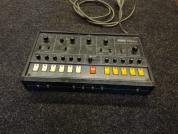 Korg kitara syntetisaattori