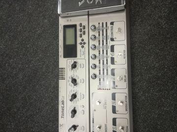 VOX Tone Lab LE + kantopussi