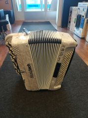 Music Maker Digital 50A - Amplified Chromatic Accordion