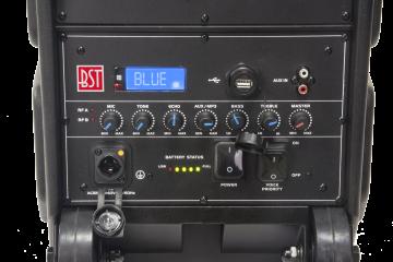 BST IPS10 roiskevedenkestävä akkukaiutin kahdella langattomalla mikrofonilla