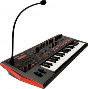 Roland JD-XI crossover syntetisaattori +kuulokkeet+sustainpedaali