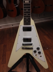 Gibson Flying V 120 eri värejä