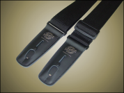 Lock-It Strap lukittava musta kitaranhihna
