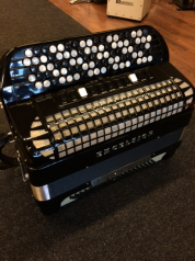 Käytetty harmonikka Excelsior