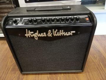 Hughes & Kettner Triplex vahvistin